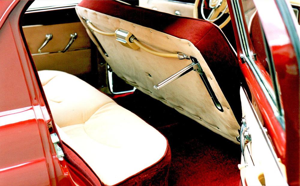 заднее сиденье ГАЗ-21